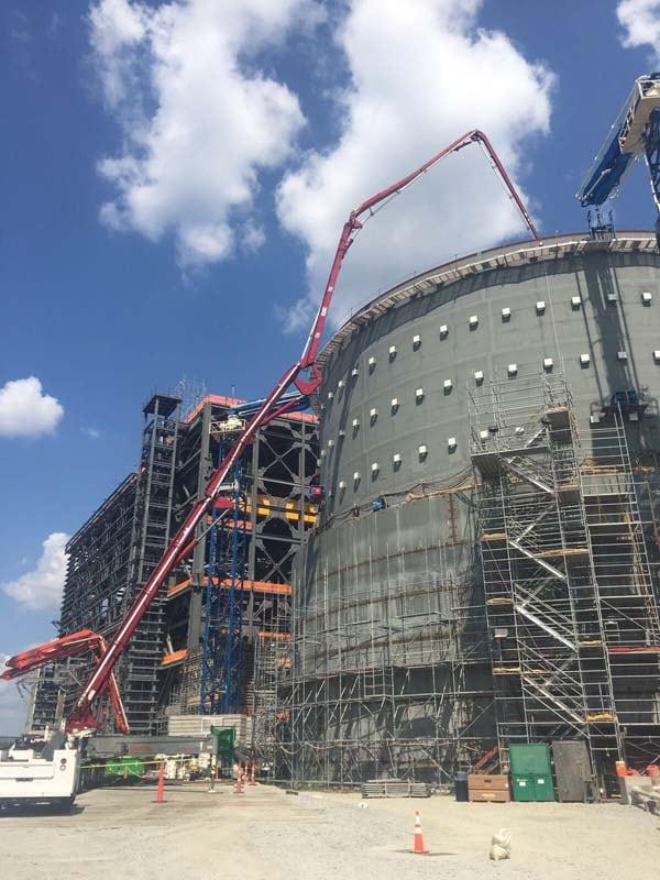 concrete pumps at work